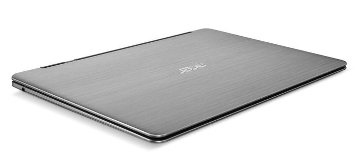 Ultrabook Acer cerrado