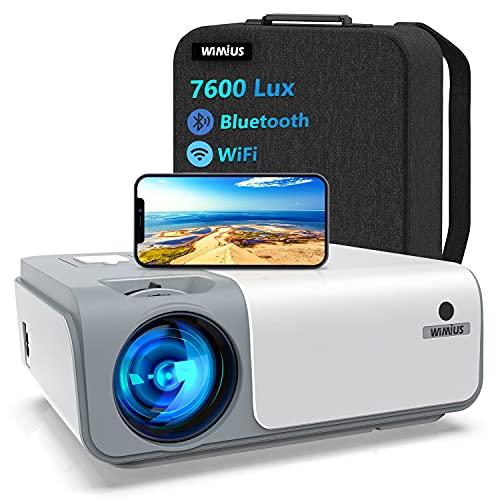 Proyector WiFi Bluetooth 7600Lúmenes, WiMiUS Proyector WiFi 5G Full HD 1080P Nativo Soporte 4K Proyector Digital 4D Función de Zoom 50%, PortátilProyector Cine en Casa para iOS/Android/PS4/TV Stick